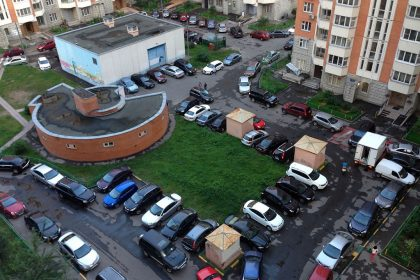 Парковочное место во дворе