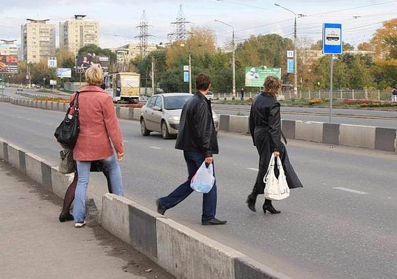 наезд автомобиля на пешеходов